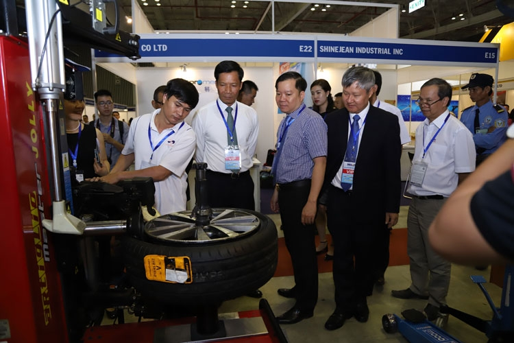 saigon autotech accessories 2018 co hoi ket noi giao thuong
